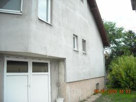 Garaža sa ulične strane